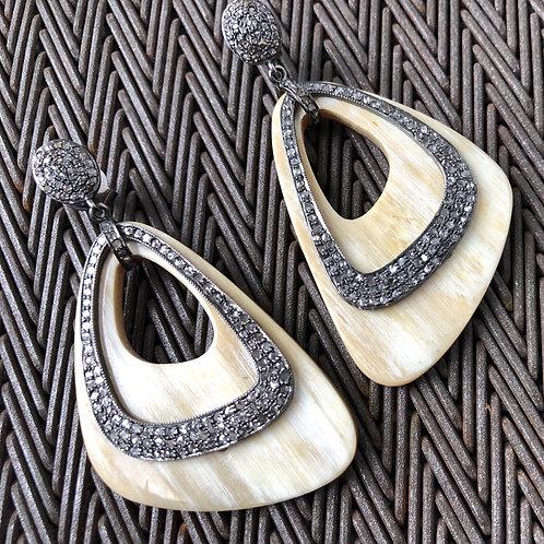 HORN, DIAMONDS