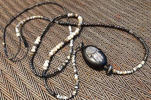 DIAMONDS, WOOD, PYRITE, AGATE