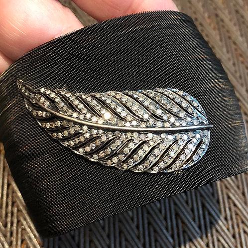 DIAMOND, METAL MESH