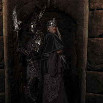 dark_souls___cosplay_by_emmaarian_ddzaxm