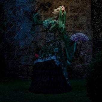 gothic_princess_dancing_under_the_rain_b