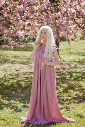 daenerys_cosplay___cherry_blossom___saku