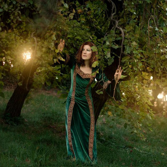 fantasy_girl_under_a_tree_by_the_dawn_by