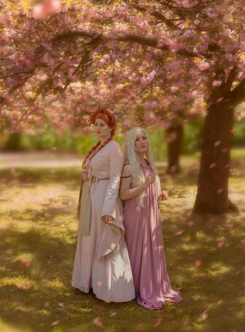 daenerys_and_sansa_stark_cosplay___cherr