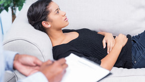 What kinds of issues does the counselling service deal with?