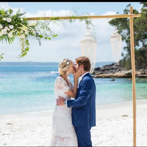 beach wedding , Vincentia