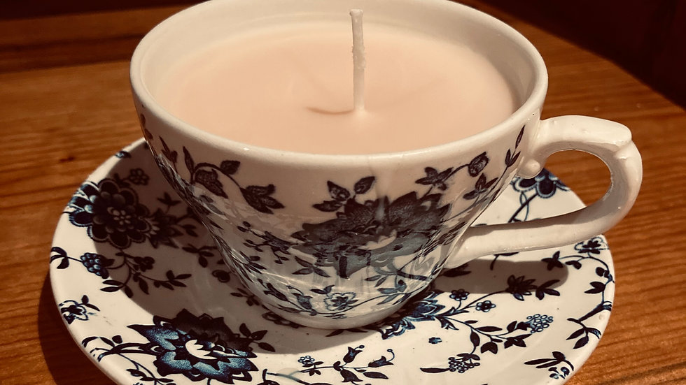Cup of tea candle