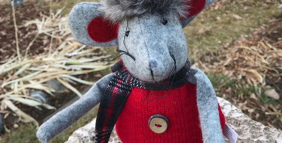 Sitting Mouse w/Stocking Cap
