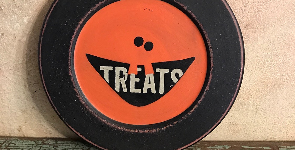 Treats Jack-O-Lantern Plate