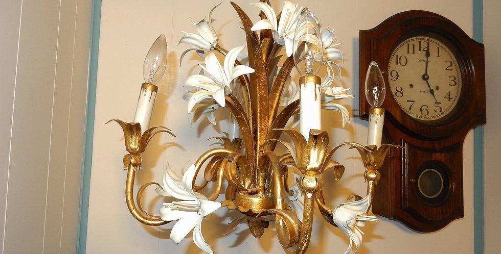 Beautiful Vintage ITALIAN TOLE HANGING LIGHT FIXTURE Chandelier