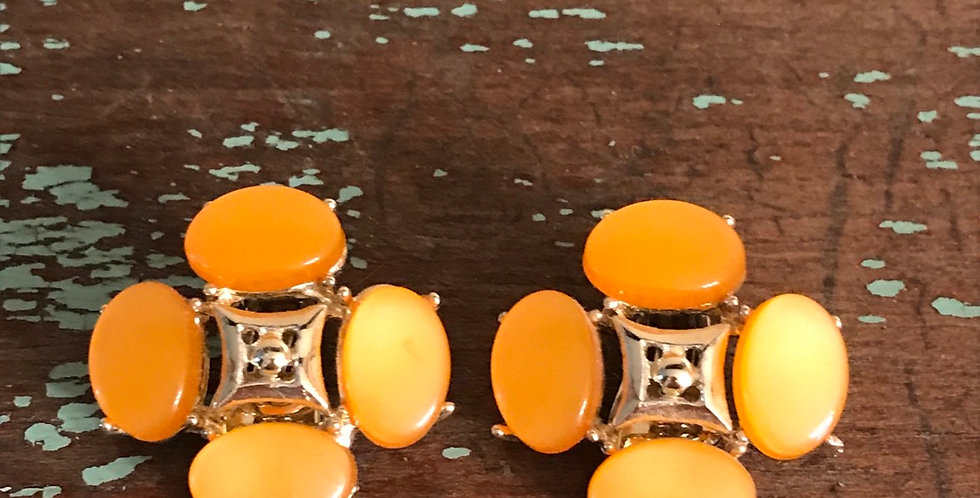 Vintage Thermoset Clip On Earrings MCM