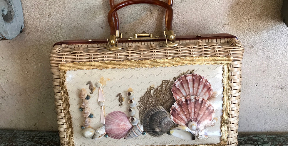 Princess Charming Seashell Purse