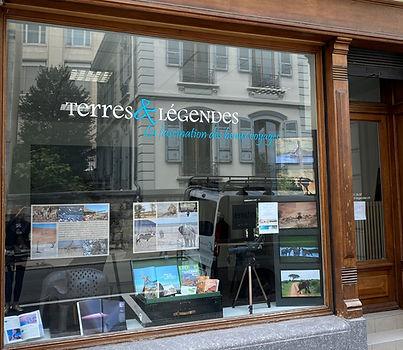 Terres et Légendes - vitrine 13jul21.jpg