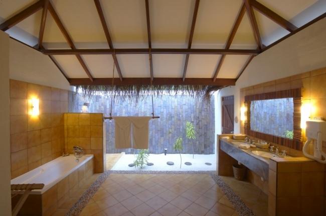 Filitheyo_bathroom_deluxe-10-650-500-100