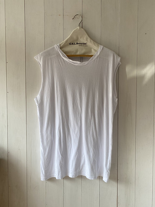 CAL.Berries  TWIST NECK TANK