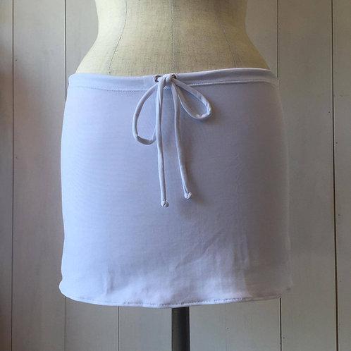 White_Short Drawstring Skirt