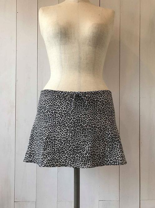 Mewow_Short Drawstring Skirt