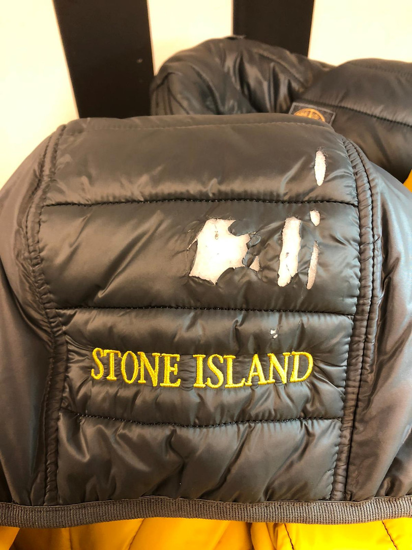 Plumon stone island roto