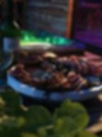 nuit insolite bretagne finistere la roche maurice en cabane avec jacuzzi nature bien être soin du visage modelage du dos à la bougie plateau de fruits de mer champagne nuit romantique