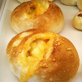 三種のチーズパン.jpg