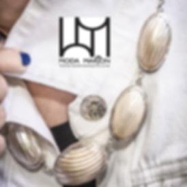 MarkHaut-Moda Marjon - pearl shell on wh