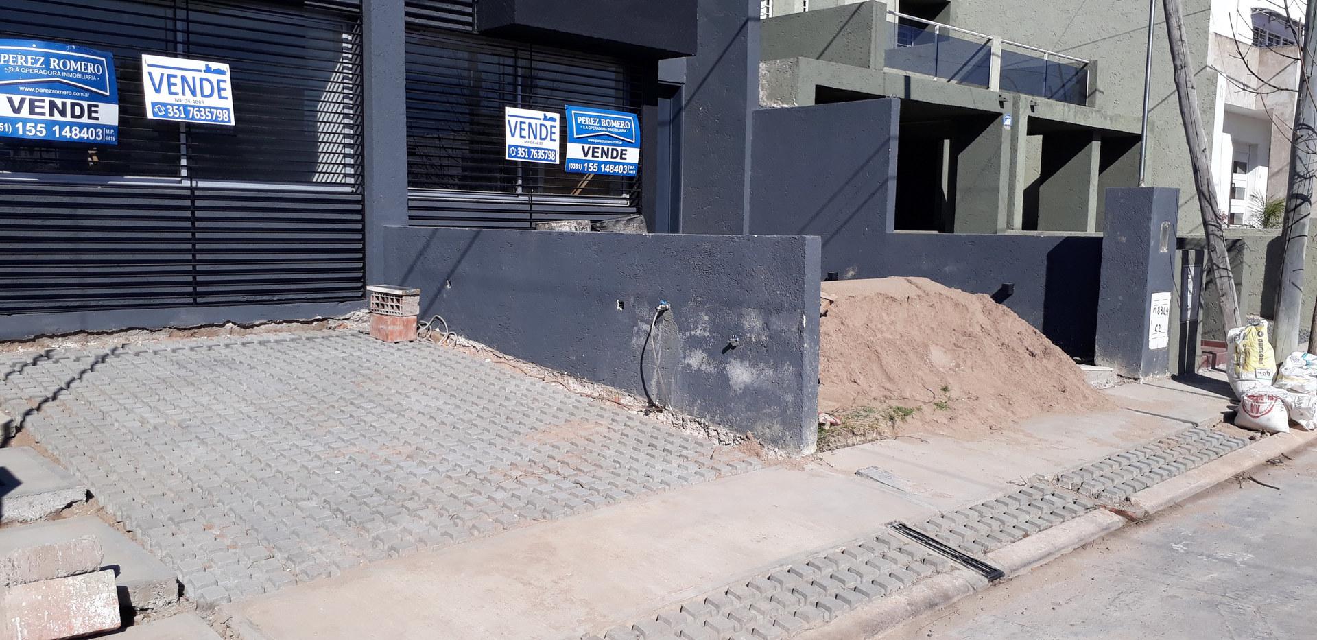 VASSALLO - Loseta Cribada 40x40cm.jpg