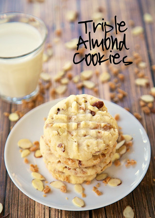 Triple Almond Cookies