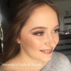 Formal Make Up