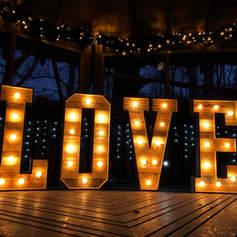 wooden-love-tree-house.jpg
