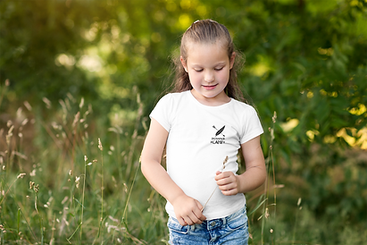 t-shirt-mockup-of-a-young-girl-playing-in-nature-2906-el1.png