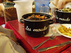 Ch 5 - Mussels & Fries in Nice