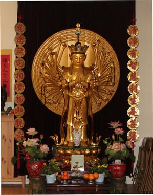 旧庙的千手观音像1000 Hand Guan Yin at the Old Te