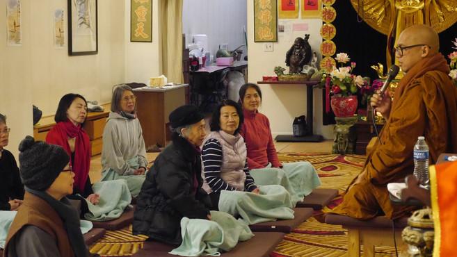 开照法师带领四念处禅修 Master Kaizhao gave instruct