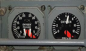 Aft Leg Oxygen panel (TOP).jpg