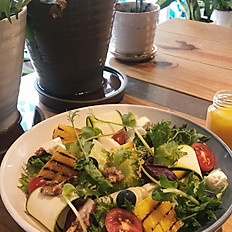 百香果油醋烙烤水果沙拉 Grilled Fruit Salad w/ Passion Fruit Vinaigrette