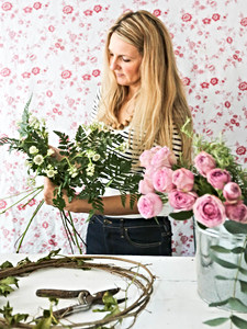 Jane, Florist