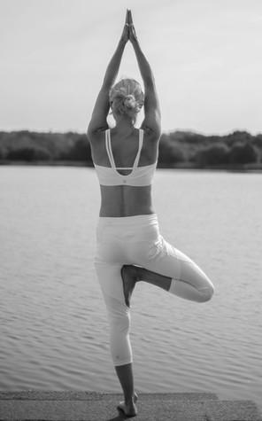 Yoga 3 bnw.jpg