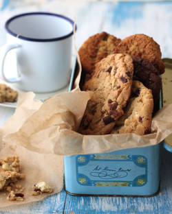 Chocolate chip buscuits in vintage tin
