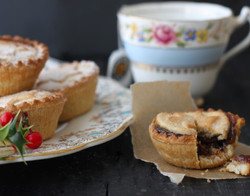 Christmas Mince Pies, Black Blackgrownd with vintage plate