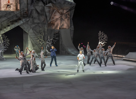 Clarinet, Saxophone, Guitar in CRYSTAL by Cirque du Soleil.