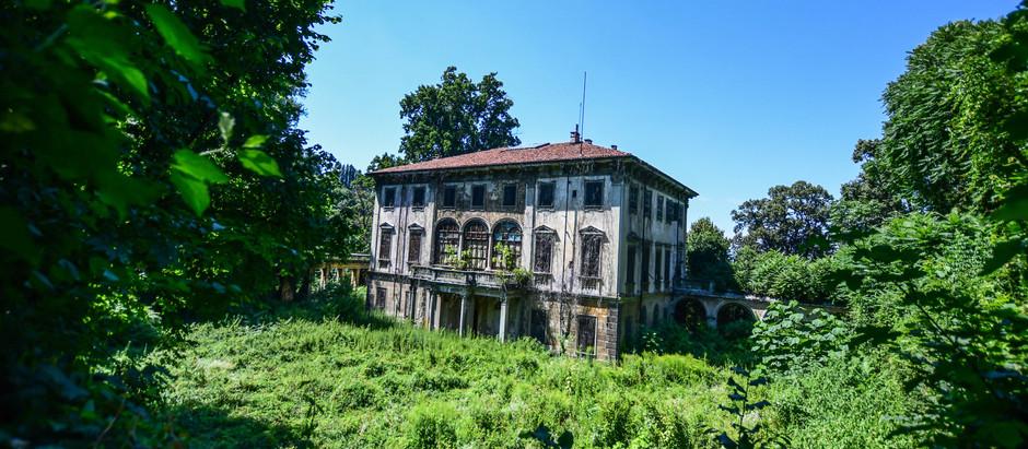 Villa T.