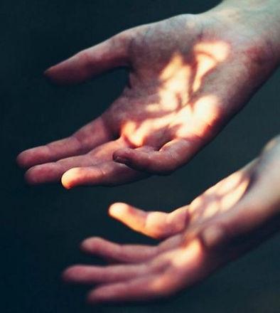 stefy-joy-holistic-hands_edited_edited.jpg