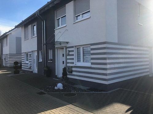 """""""Ein Idyll mitten in der Stadt!"""" Reiheneckhaus mit Garten und Garage in Monheim"""