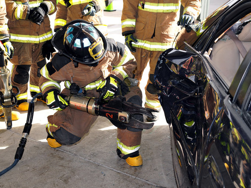 Miami Dade Fire Rescue RECRUIT CLASS 144 VEHICLE EXTRICATION TRAINING