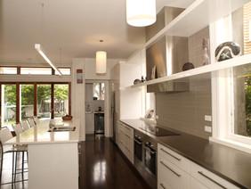 Ellice kitchen 2.JPG