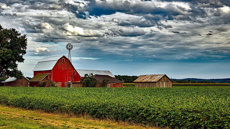 wisconsin-barn-countryside.jpg