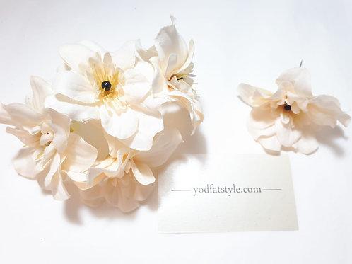 סיכת פרח קטנה בחירת צבעים