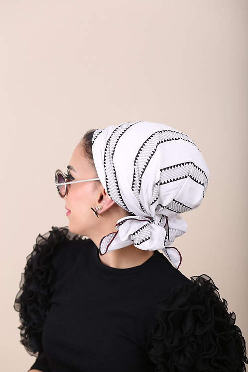 לונג קוכיסוי שחור לבן פסים סטייל