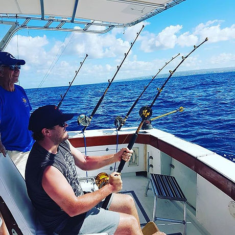 Fishing action on Reel Crazy Too.jpg_42ft Bertram.jpg