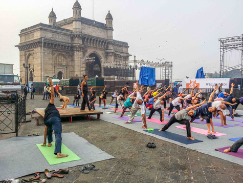 Iyengar yoga at the Gateway